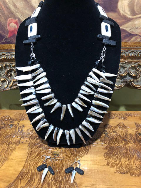 "30"" necklace + 2"" earrings Lavarock w/ blk Jasper & pearl drop shells"